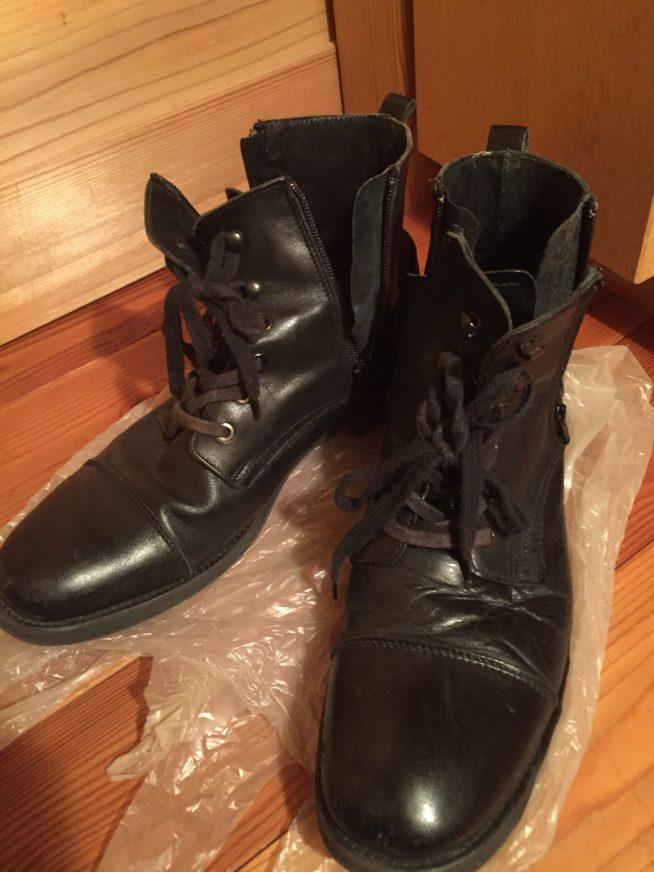 ステファノロッシ ブーツ 正面