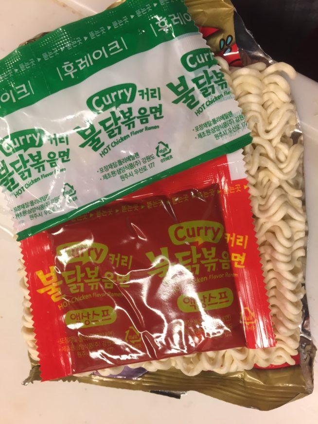 カレーブルダックポックンミョン 麺 ソース かやく